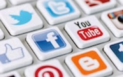 Give investors what they want from social media