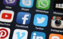 How can CEOs get ahead on social media? Be generalists